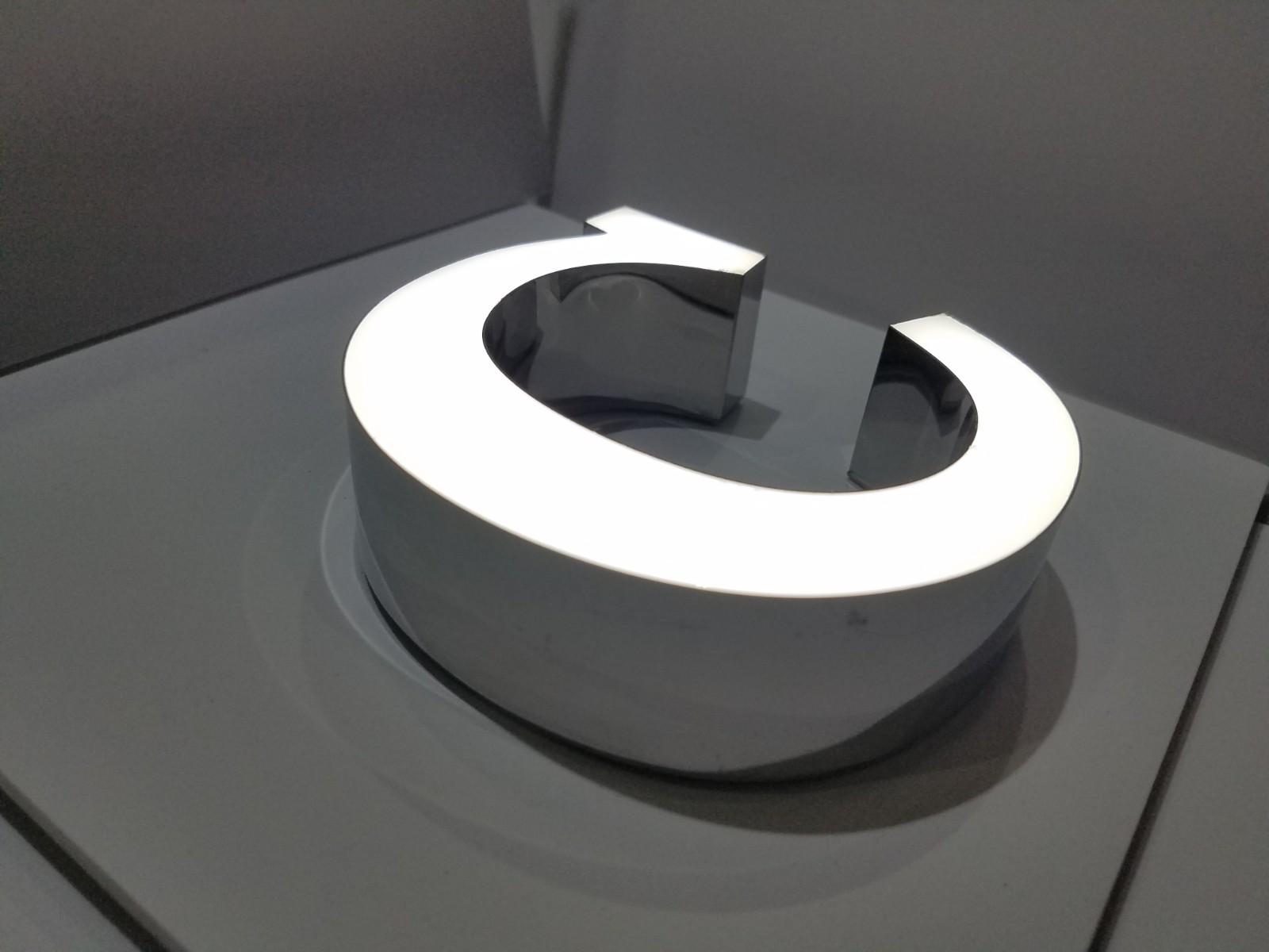 LEDサイン DELIGHT 前面発光 Front Lit 側面ステンレス 前面樹脂